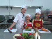 dạy trẻ nấu ăn ngày hè tại hà nội 05